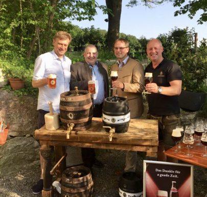 Bierprobe für das Olchinger Volksfest